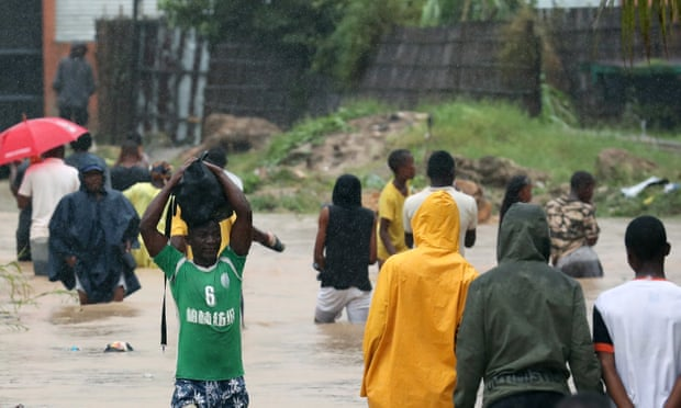 Mozambique faces cyclone kenneth