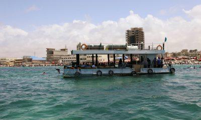 Somalia's floating restaurant and beach provide refuge