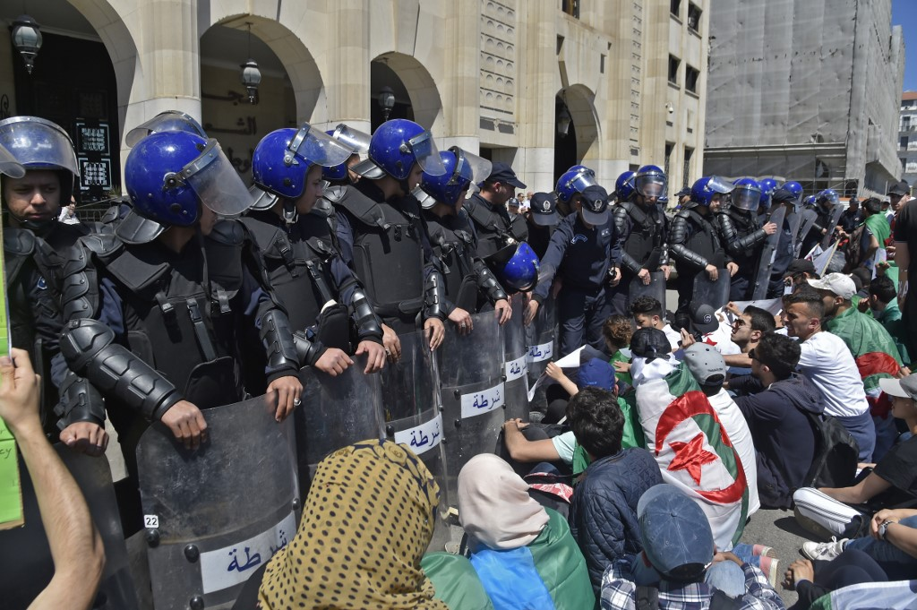 24 police officers wounded in Algeria protest
