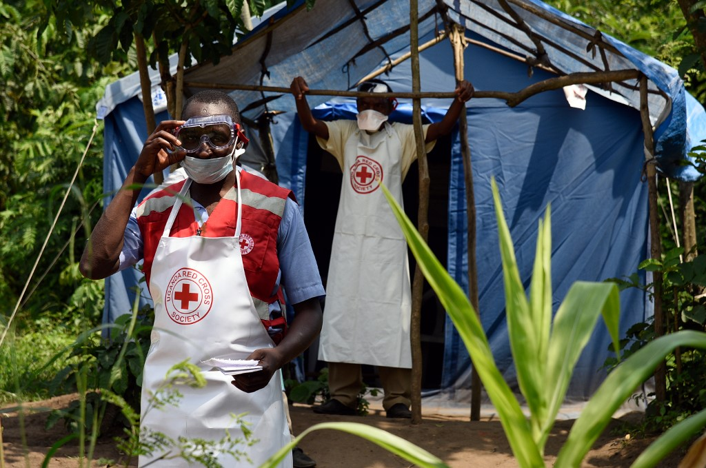 Doctors Without Borders accuses WHO of rationing Ebola vaccine in DR Congo