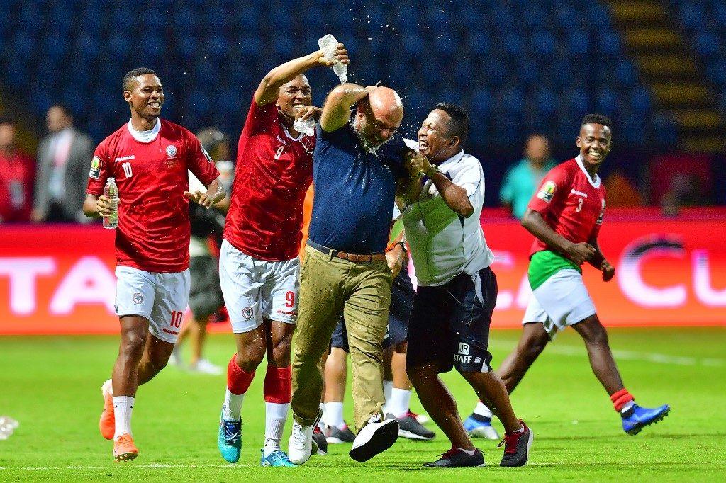Madagascar celebrate as they shock Nigeria 2-0
