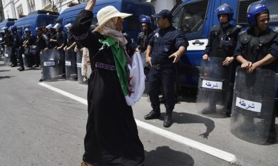 Algerian protesters defy arrests, continue Friday demonstrations