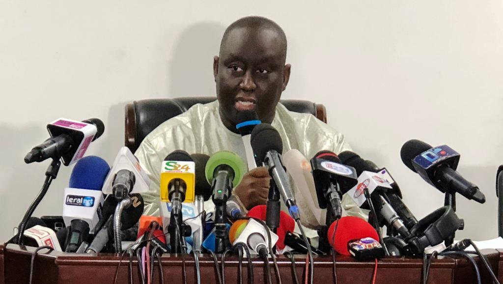 Aliou Sall: Brother of Senegal's president resigns from office after gas deal allegations