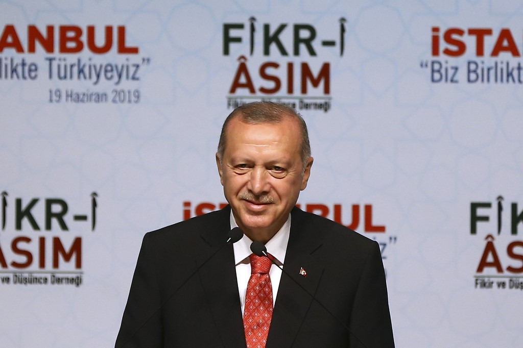 Turkey's Erdogan claims ex-Egyptian president was killed