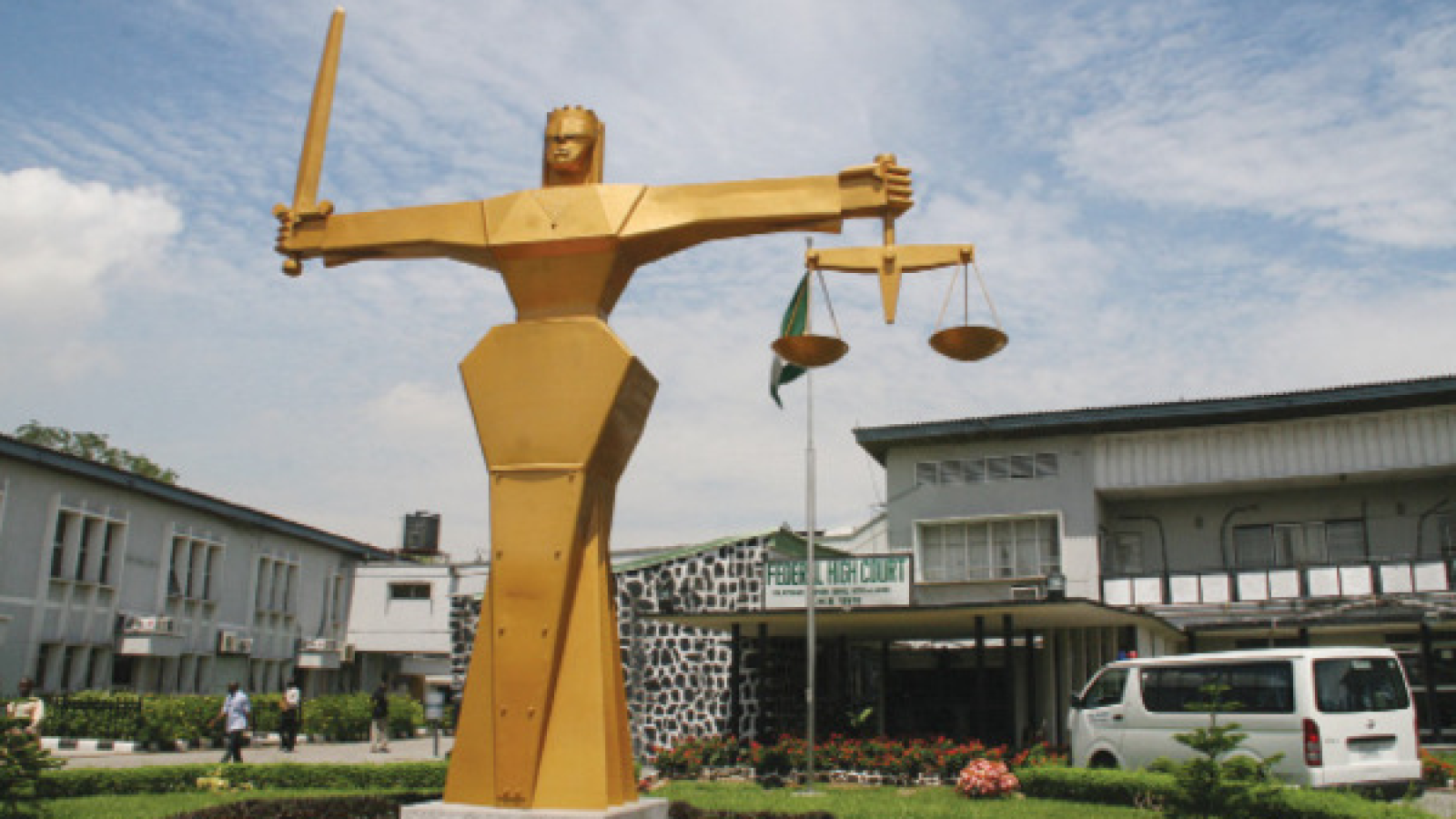 Court overturns ban on Nigerian radio and television stations