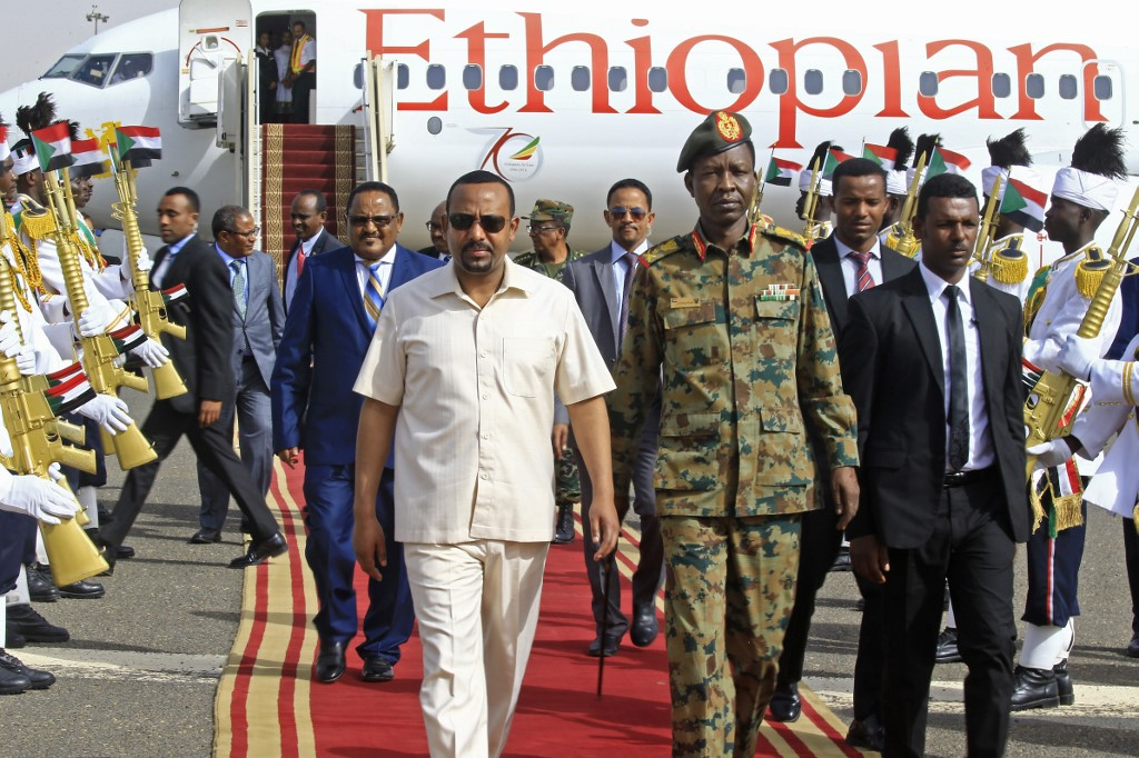 Ethiopian leader in Sudan to lead talks with military, protesters | News Central TV