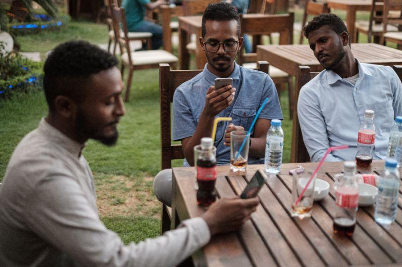 Light in the dark: Sudanese internet users find alternatives amidst blackout