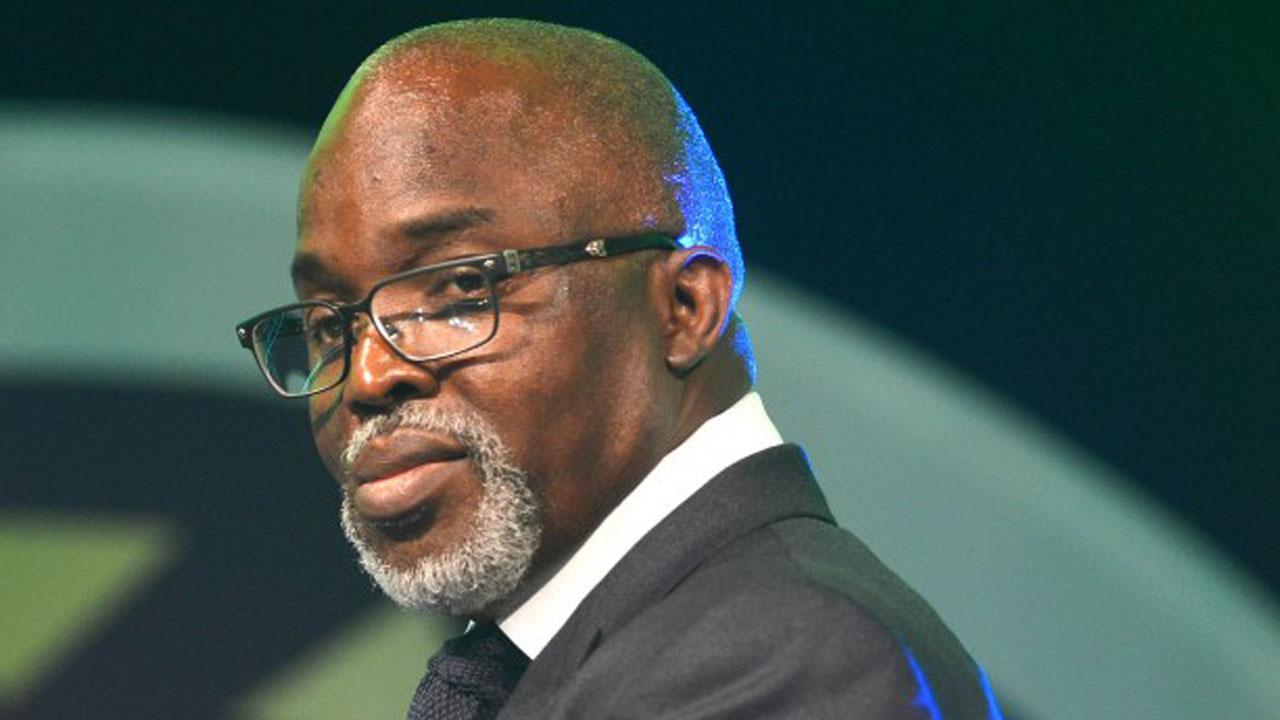 Court in Nigeria drops corruption case against FA bosses