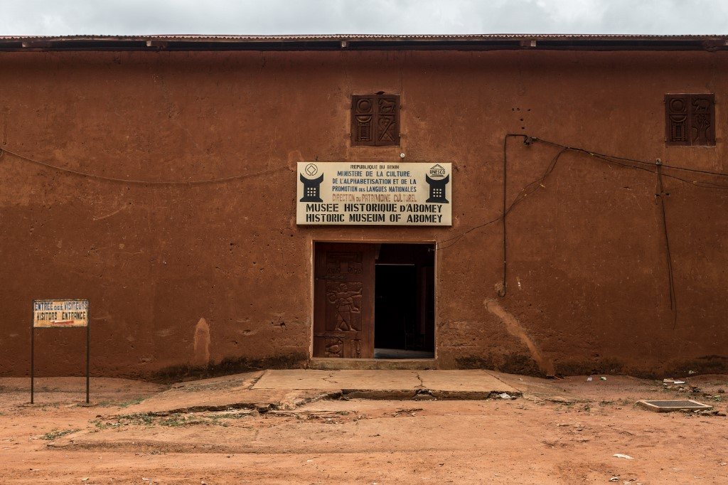 Benin prepares to receive century-old artefacts taken by France