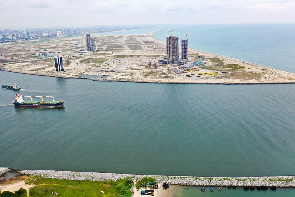 How Lagos is battling waves of change and Atlantic erosion