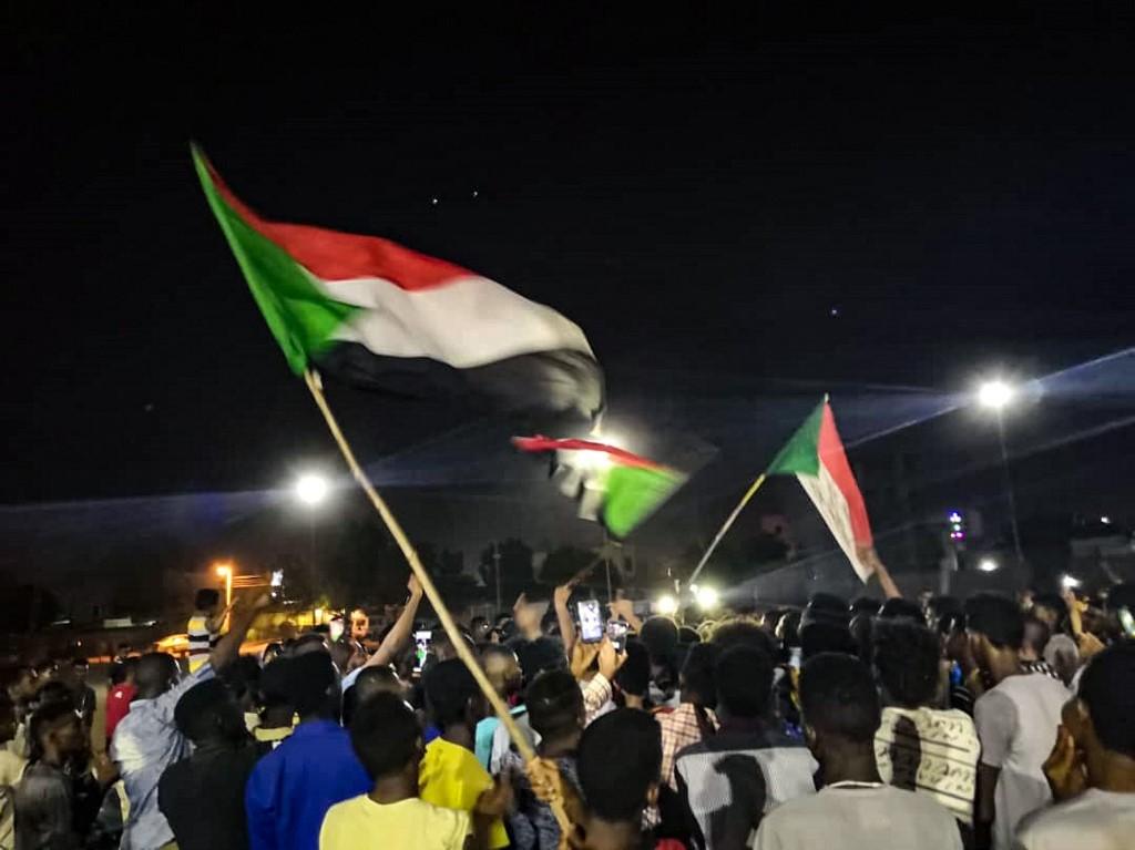 Sudanese protesters embark on night protest over civilian's death