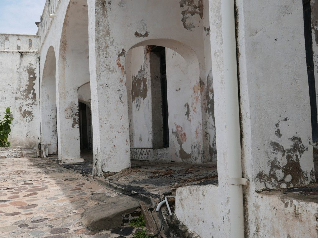 The Cape Coast Castle on the coast of Ghana served as an important base for the slave trade on the Gold Coast.