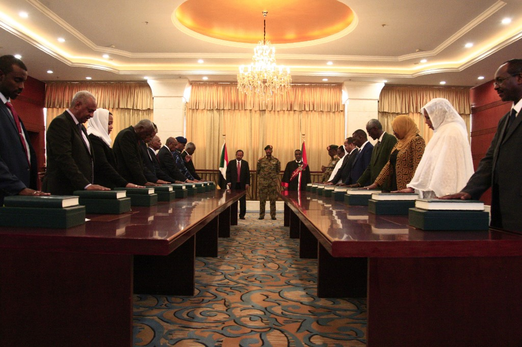 Members of the Sudanese cabinet take oath in the presence of the new Prime Minister Abdalla Hamdok