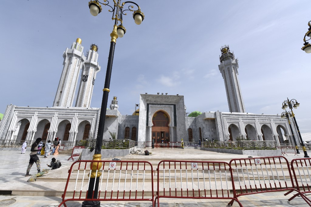 Senegal's Mourides brotherhood construct biggest mosque in West Africa