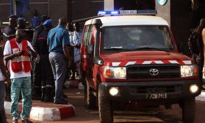 Road mine blast kills 14 bus passengers in Mali