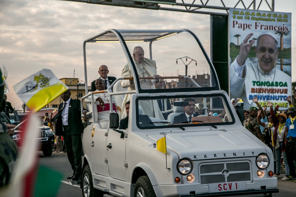 Pope Francis arrives Madagascar during three-nation tour