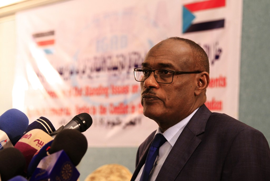 Sudanese Foreign Minister Ahmed al-Dierdiry speaks after a signing ceremony between South Sudan's government and rebels