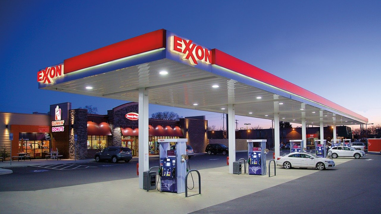 Exxon to invest $500 million in Mozambique LNG project