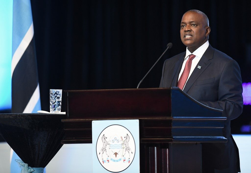 The President of Botswana, Mokgweetsi Masisi, delivers his speech after being sworn in as the 5th President of the country