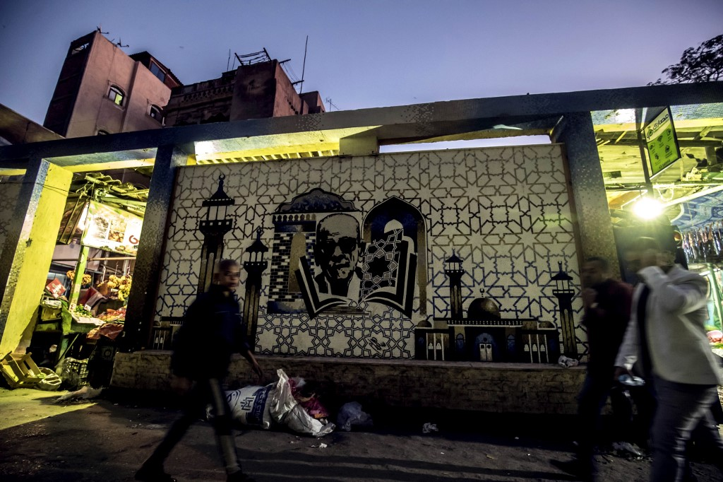 Nobel winner Mahfouz lives on in Cairo's alleyways