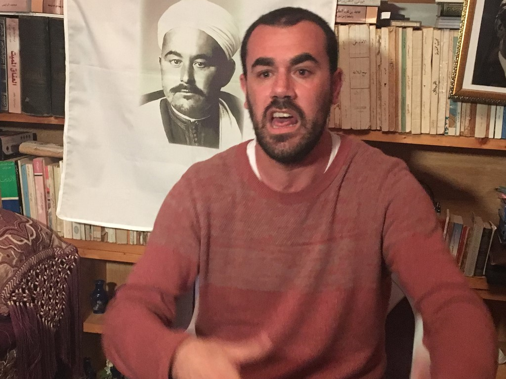 Zefzafi complains of torture in Moroccan prison, prison chief sacked