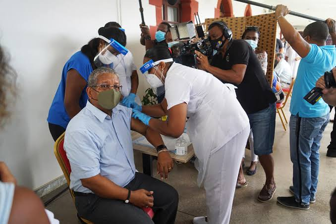 Vaccinations-Leading Seychelles Moves To Curb COVID-19 Surge